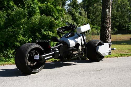 Replica of the Bat-Pod�